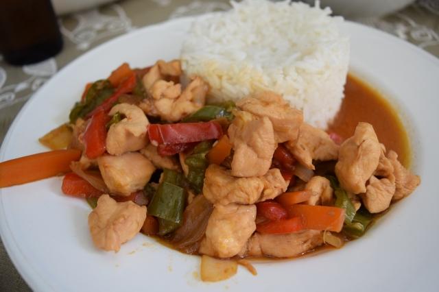 Pollo con salsa teriyaki, para días amorosos